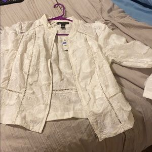 MINC bright white jacket lace flowers XL NWT Macys